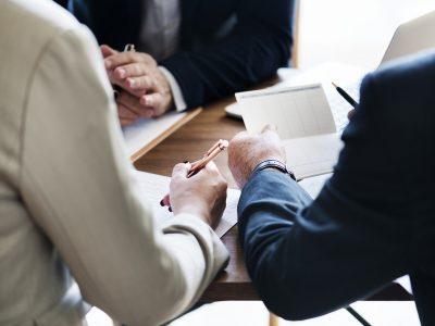 令和2年10月1日受付分より「適切な社会保険への加入」が許可要件となりました